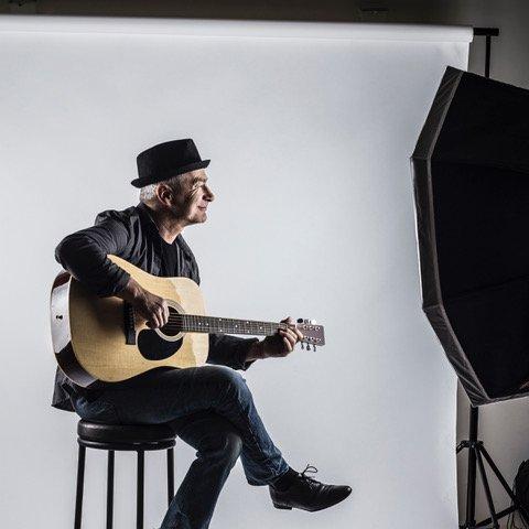 Julian Hagen at Woodwalk Concert Series on August 31 – Door