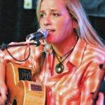 Singer-Songwriter Susan Gibson to Perform at White Gull Inn